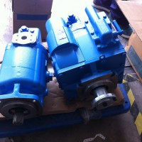 5433-216双向带高压溢流阀的大功率液压马达-搅拌车专用